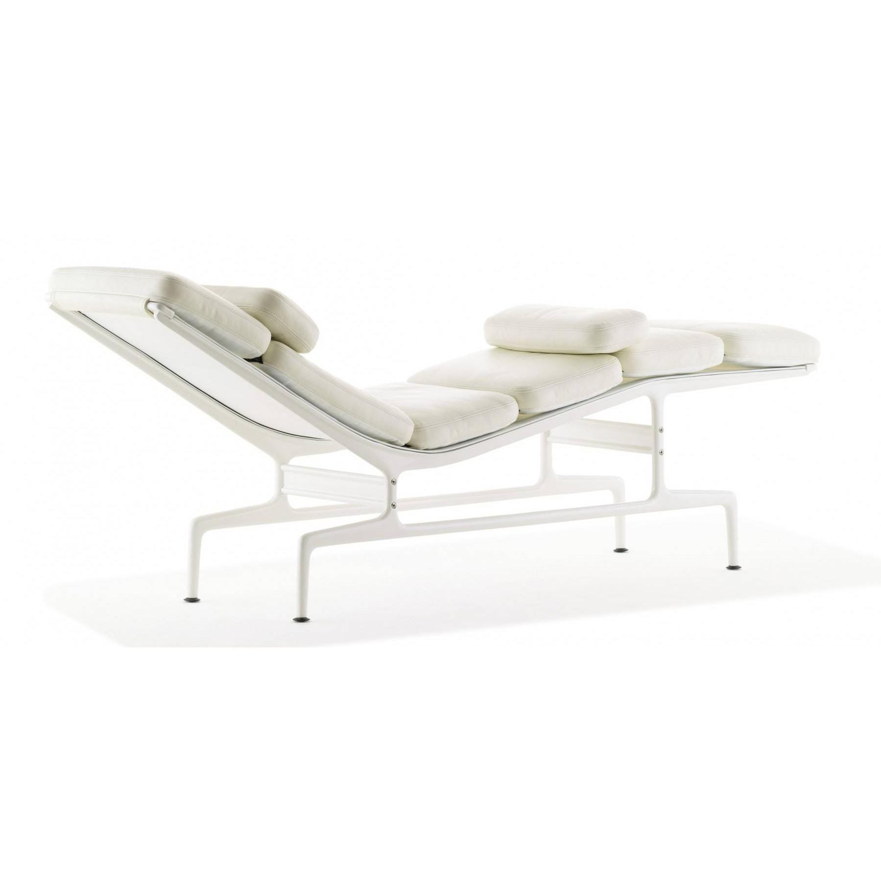 Herman miller eames chaise gr shop canada for 4 chaises eames