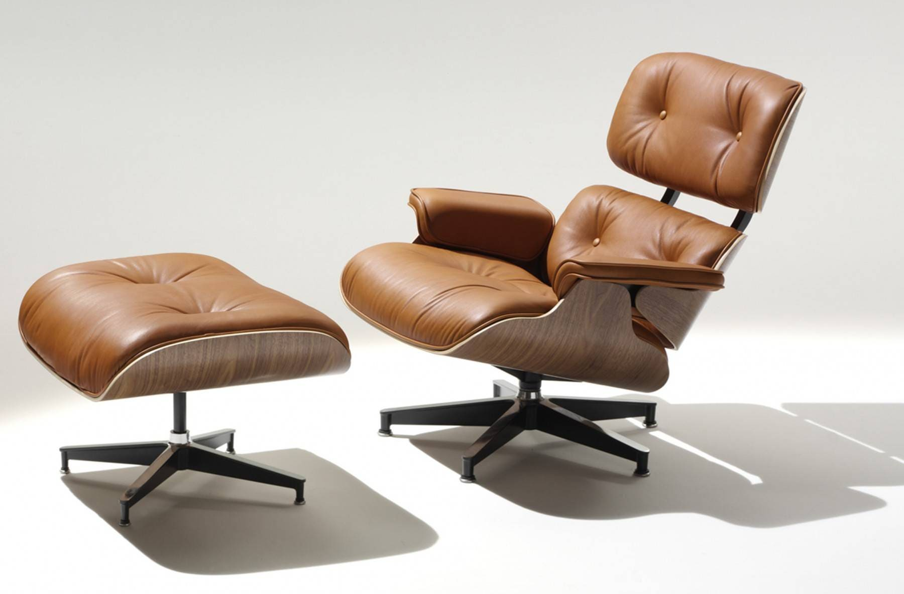 De Eames Stoel : Herman miller eames® lounge chair and ottoman gr shop canada