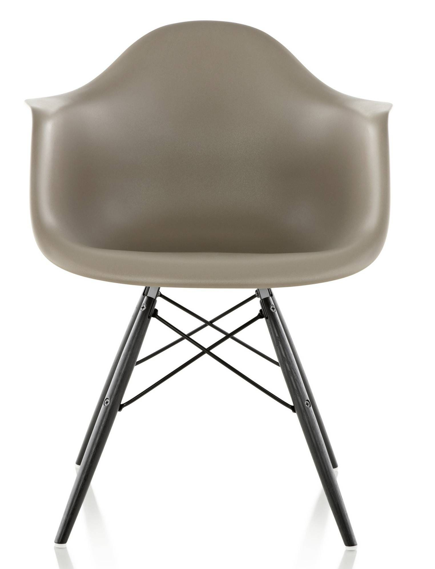 Eames Molded Plastic Armchair 1