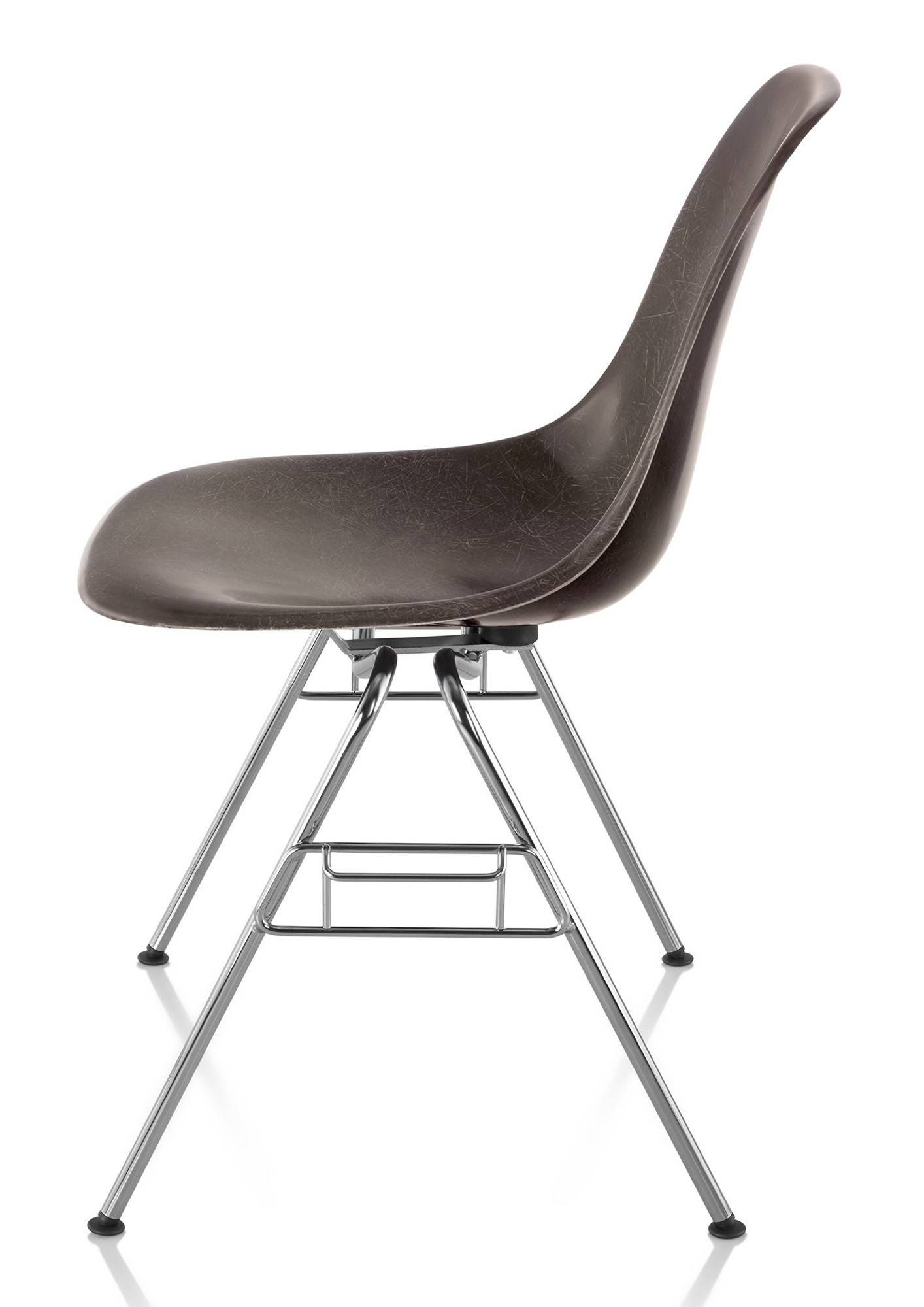 herman miller eames molded fiberglass side chair gr shop canada. Black Bedroom Furniture Sets. Home Design Ideas