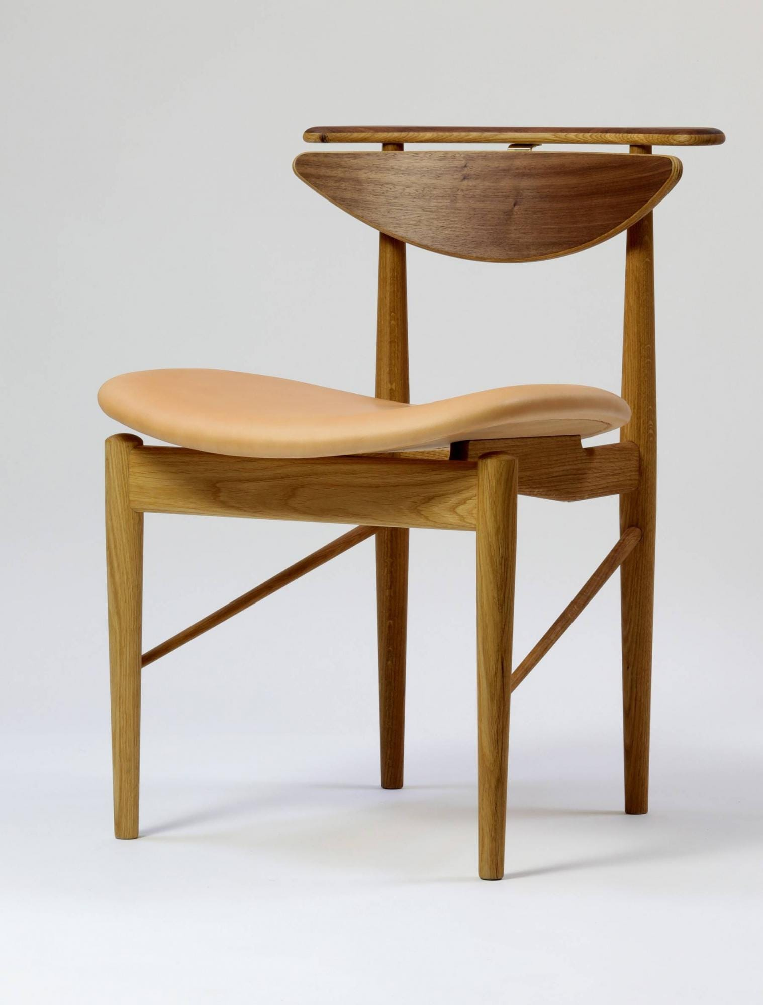 High Quality ... Finn Juhl Reading Chair. 1