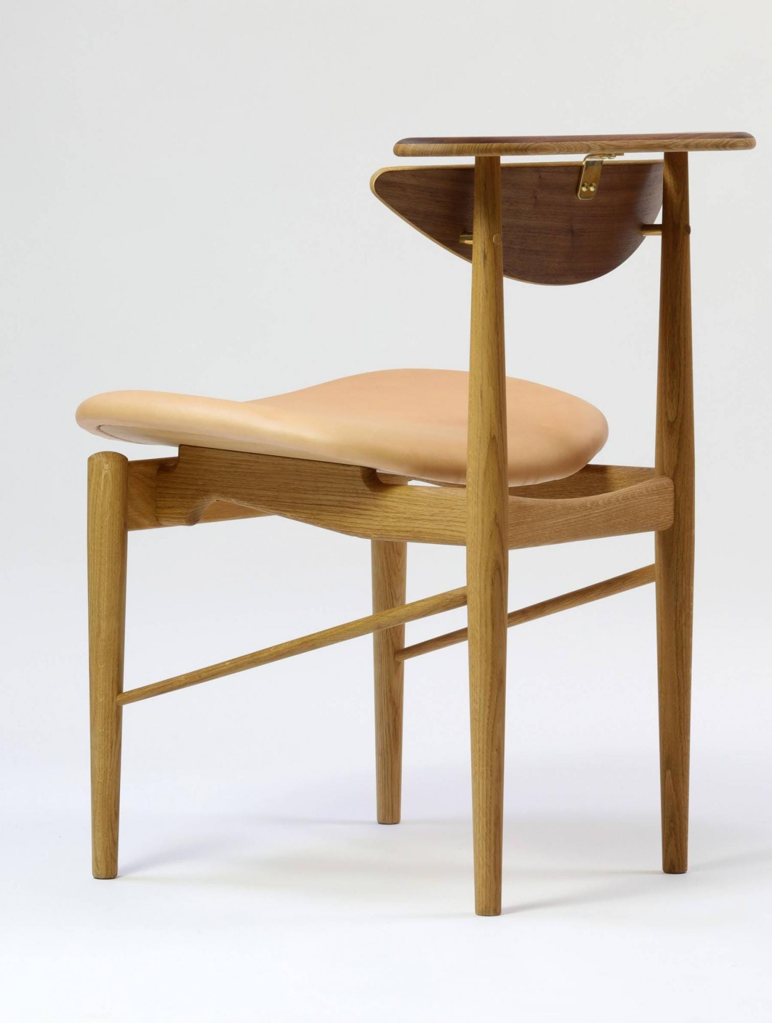 . finn juhl reading chair  gr shop canada