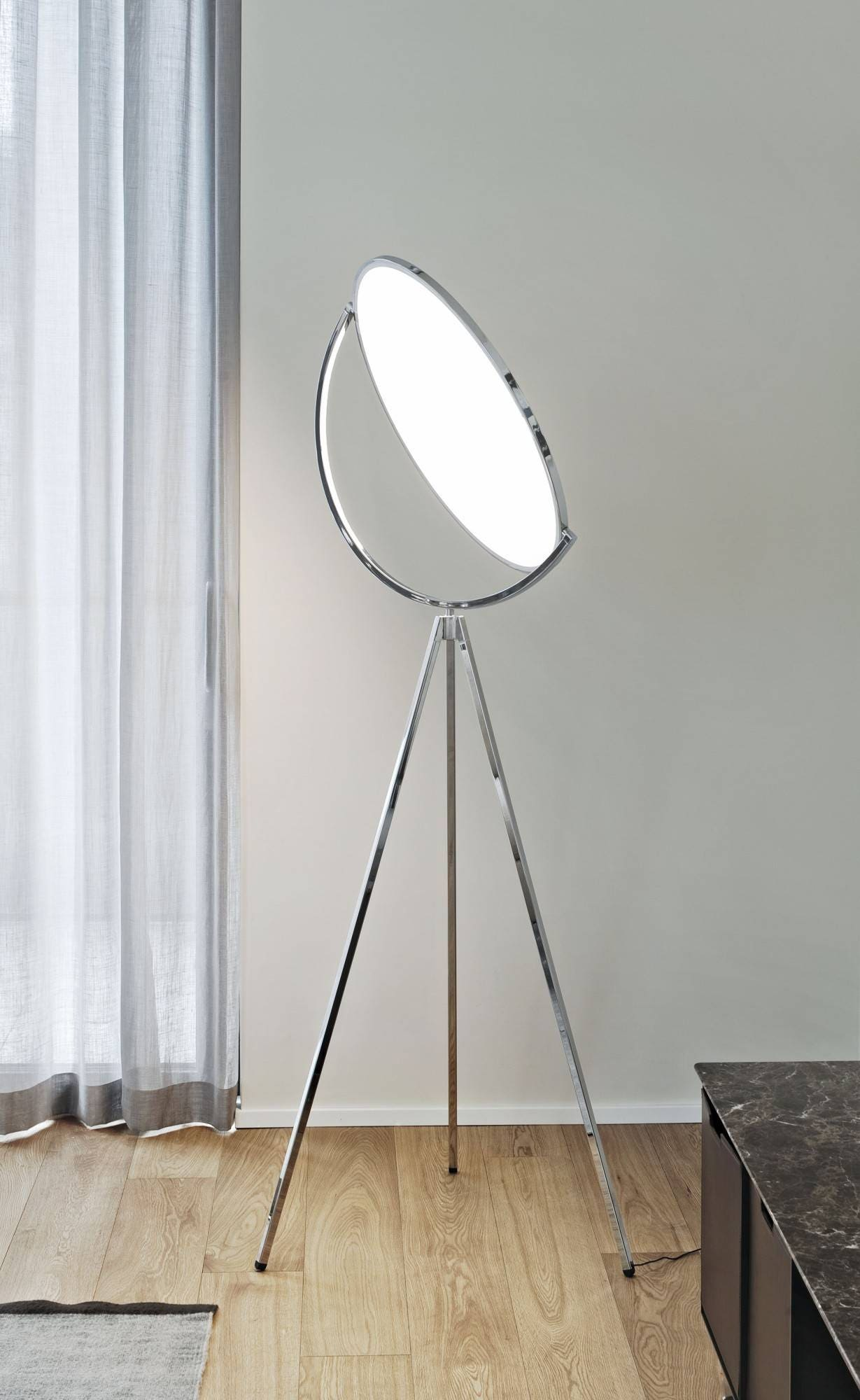 flos superloon floor lamp gr shop canada. Black Bedroom Furniture Sets. Home Design Ideas