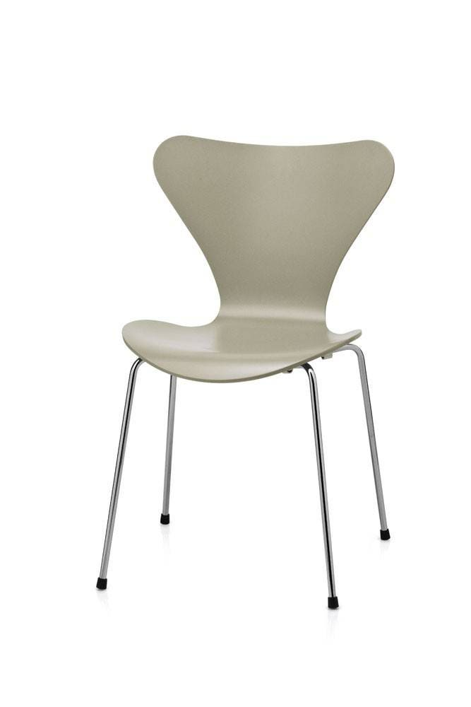 Fritz Hansen Series 7 Childrens Chair (Laminated)