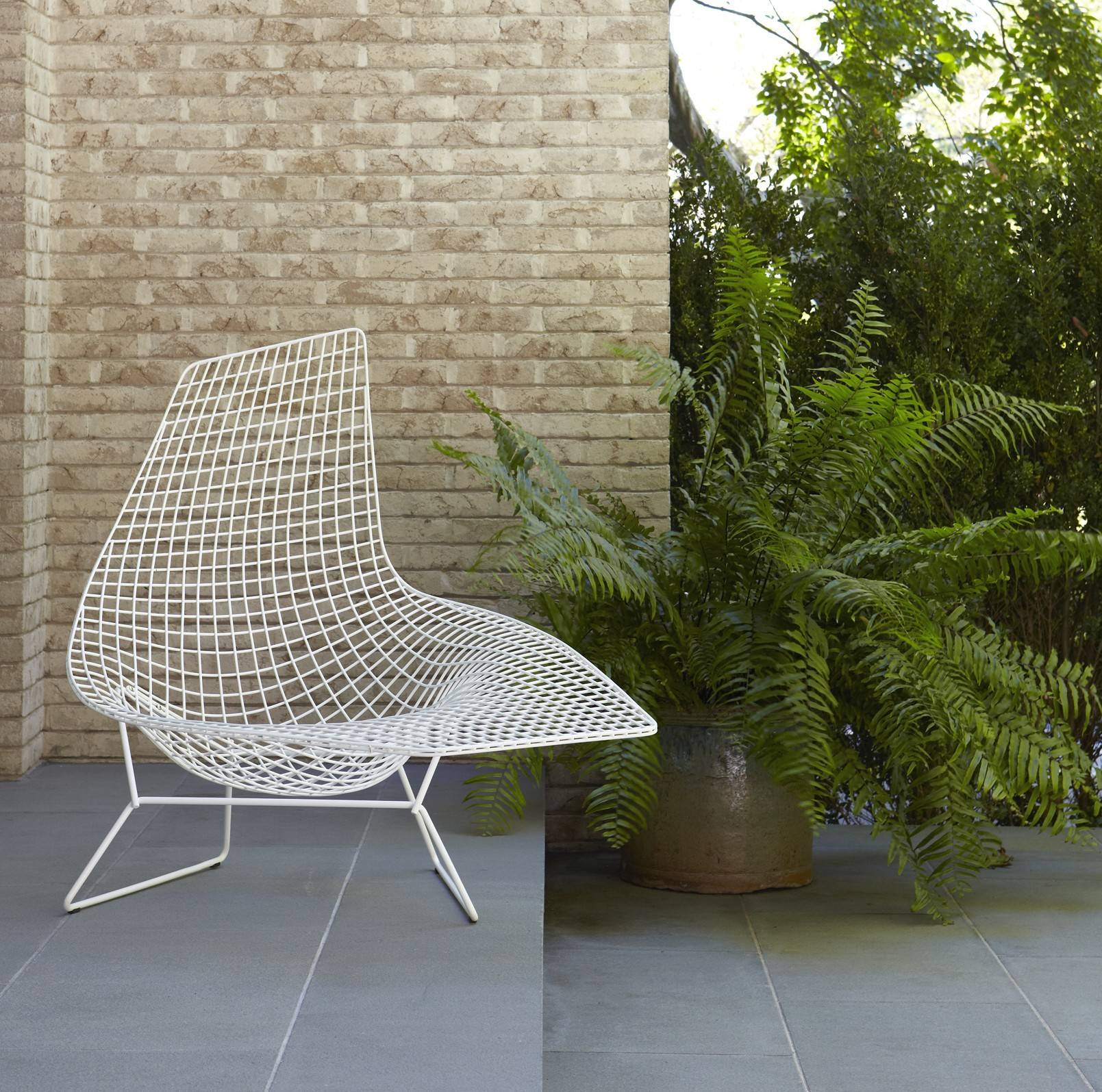 Knoll harry bertoia asymmetric chaise outdoor gr shop canada - Chaise bertoia knoll ...