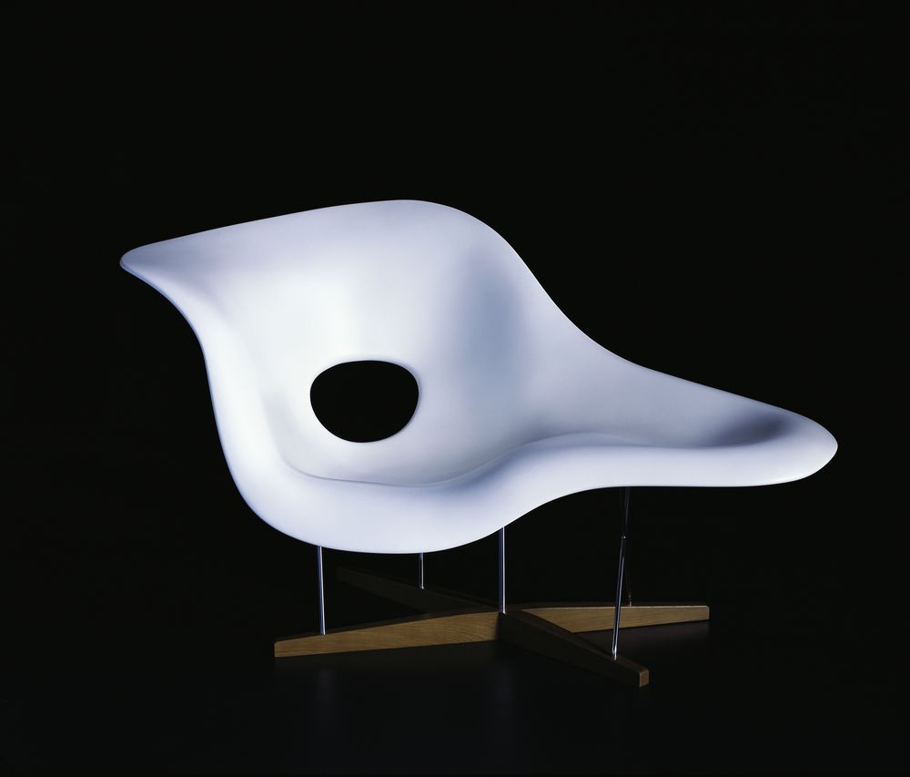 Vitra eames la chaise chair gr shop canada for Chaise coque eames