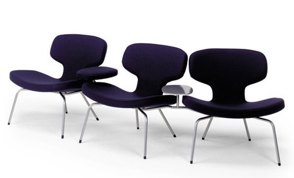 Artifort Libel Chair W/ Table Left/Right