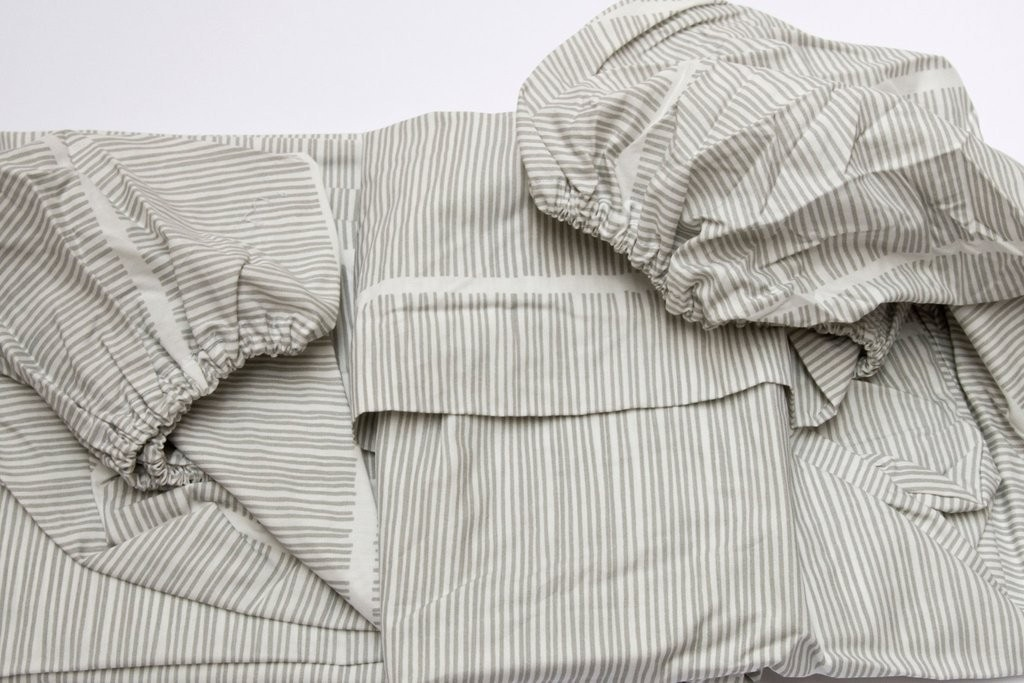 Area Bedding Pins Grey Fitted Sheet