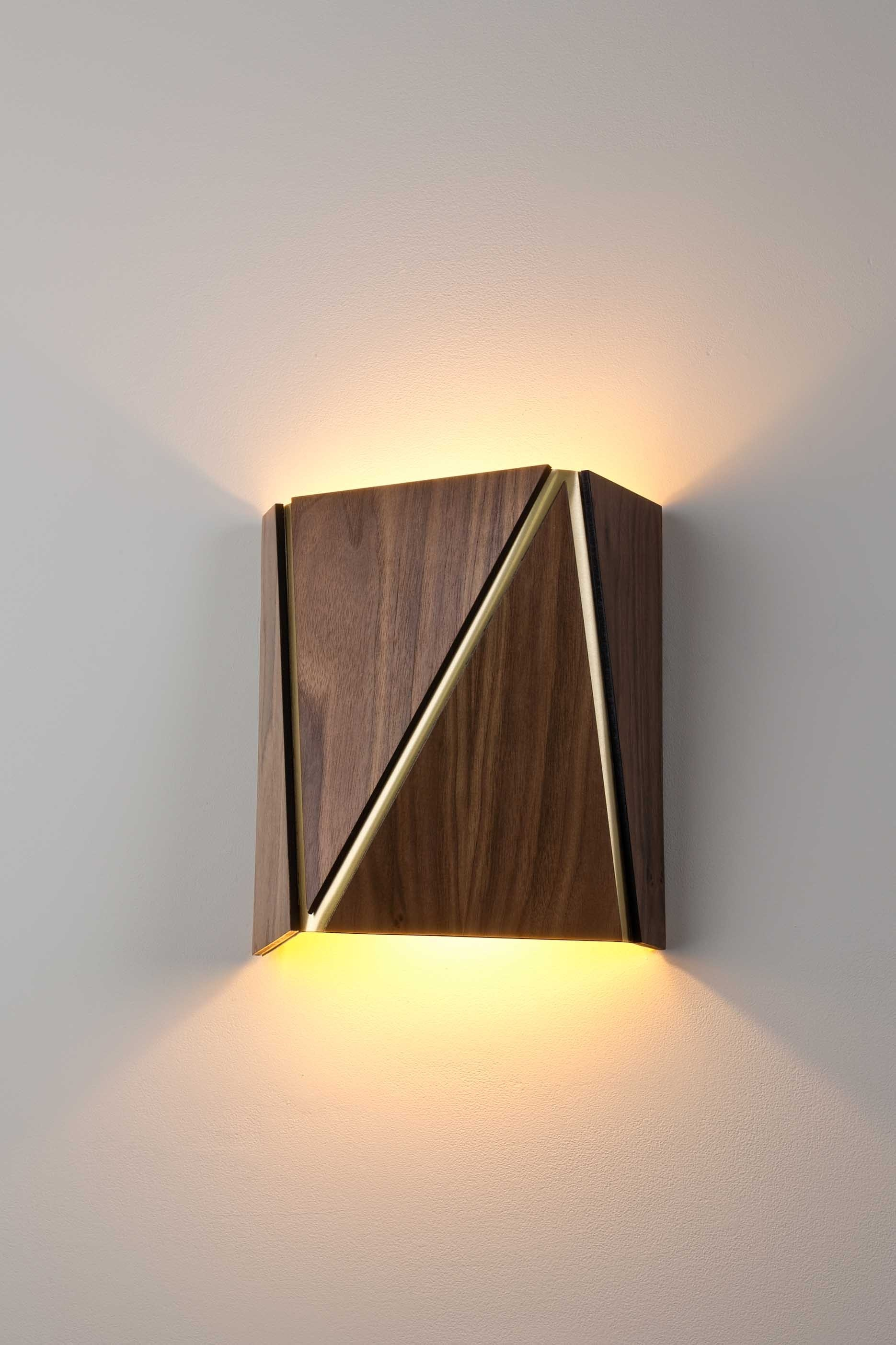 Cerno Calx Wall Lamp