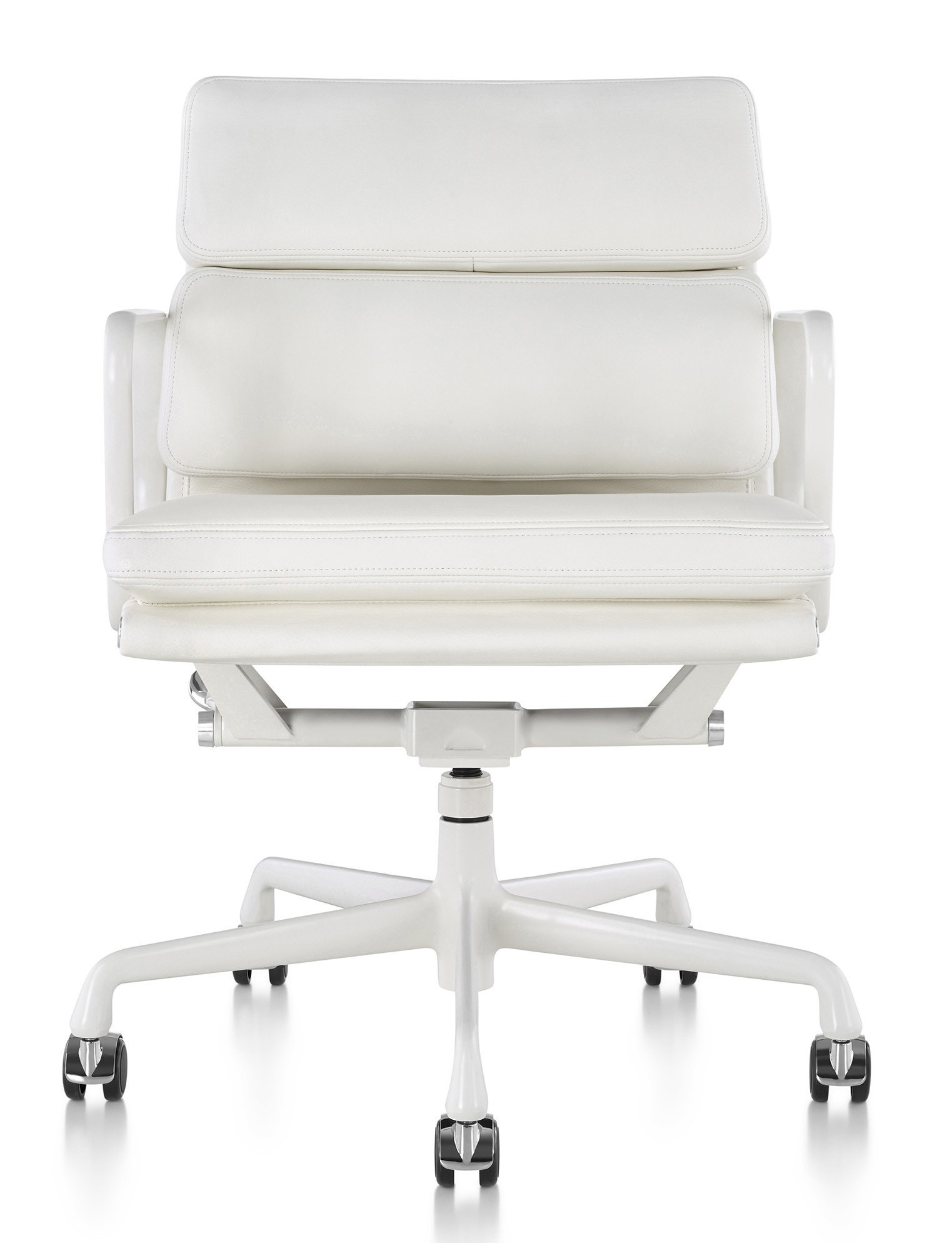 Herman Miller Eames® Soft Pad™ Management Chair