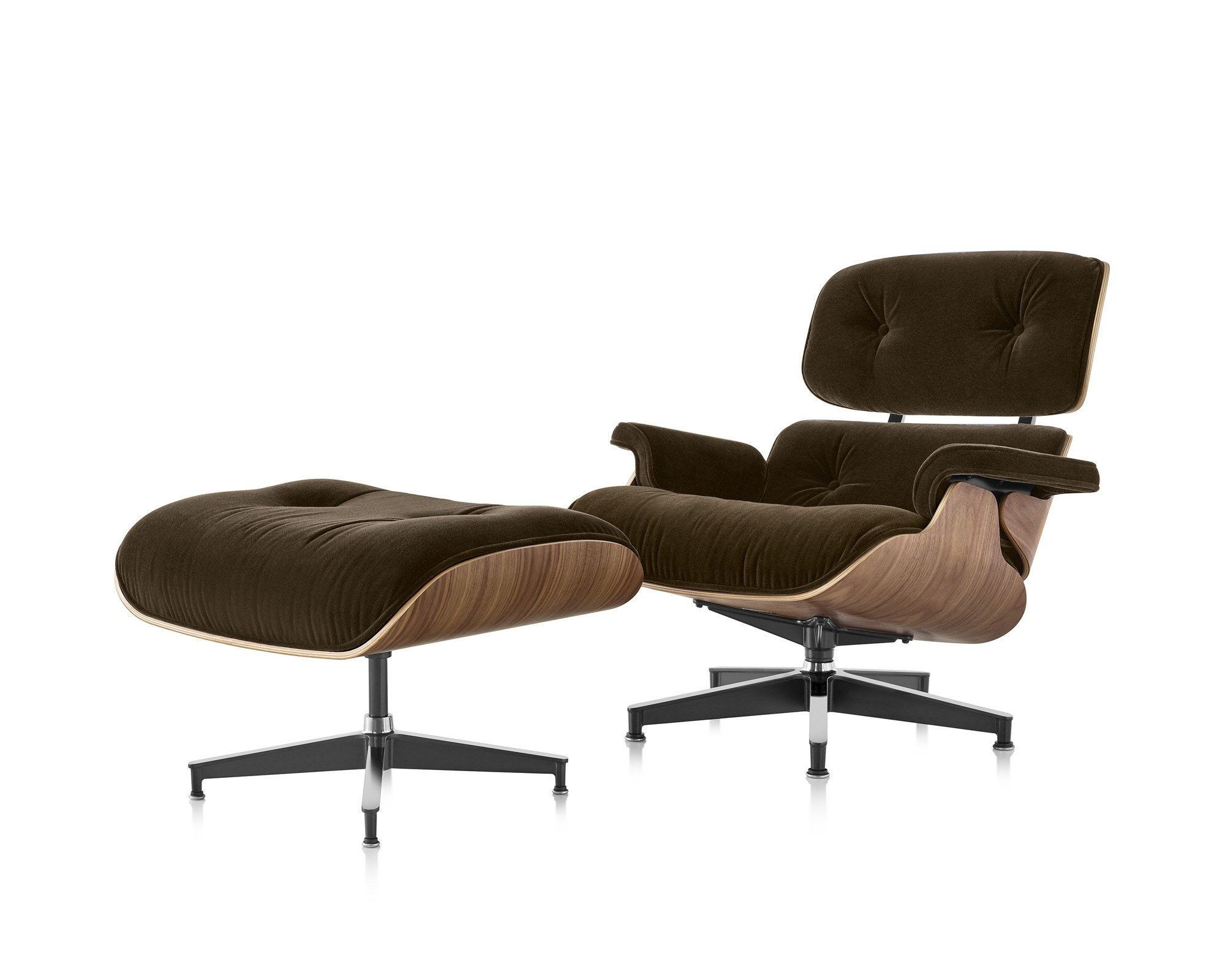 herman miller eames lounge chair and ottoman in mohair. Black Bedroom Furniture Sets. Home Design Ideas