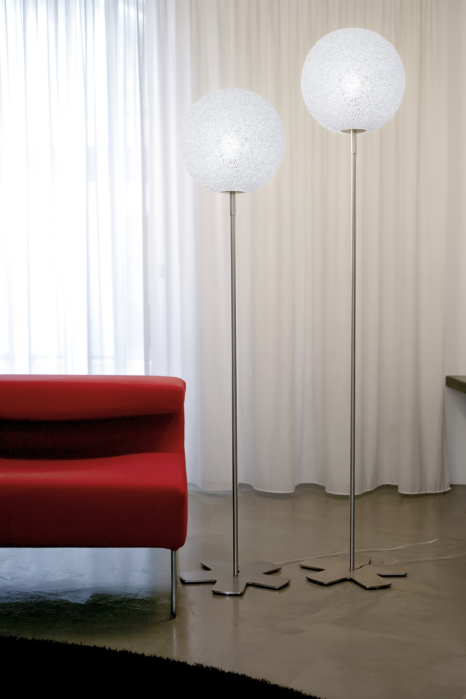 Lumen Center Italia Iceglobe Floor Lamp 30 Cm Diameter