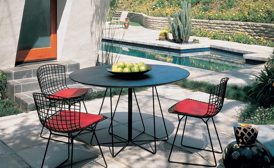 Knoll Vignelli Associates - Paperclip Round Cafe Table, Outdoor