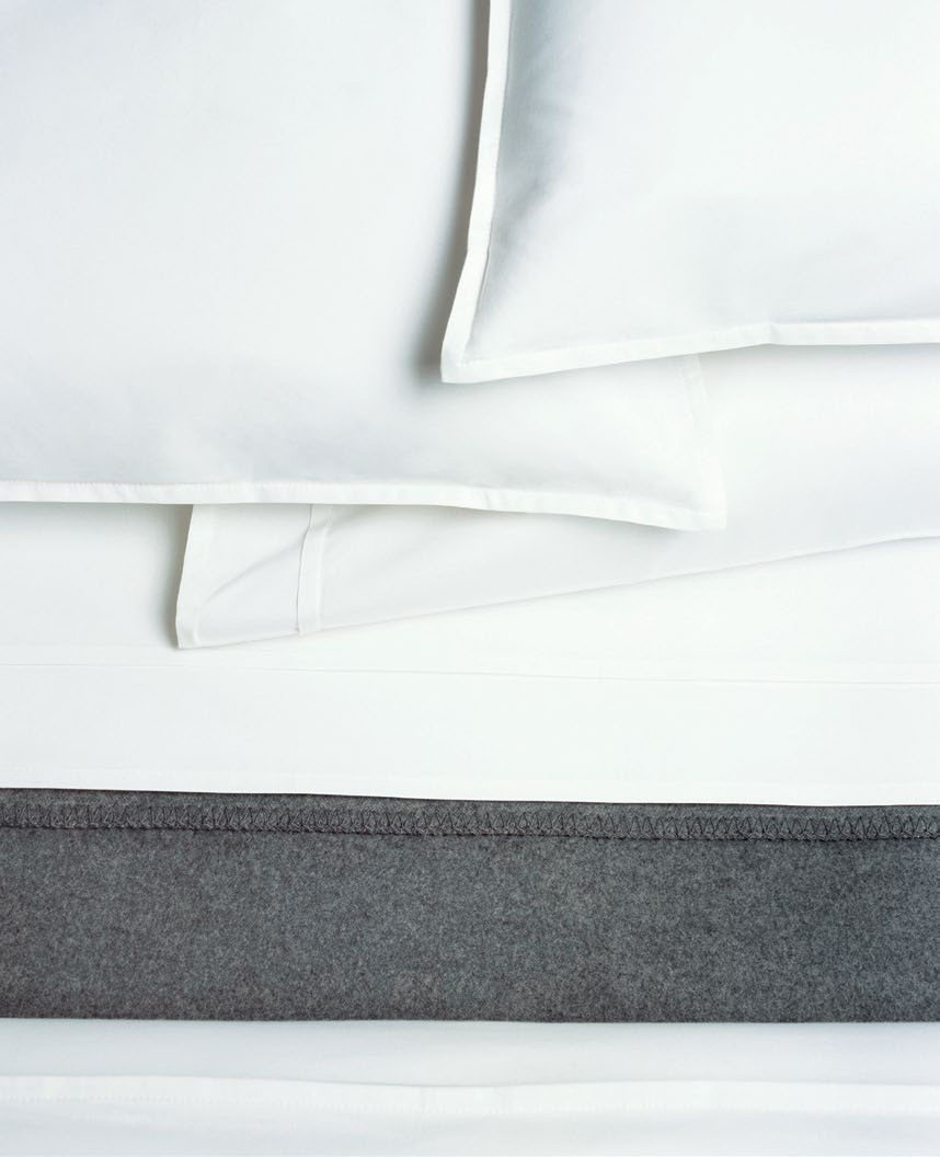 Area Bedding Pleat White Flat Sheet
