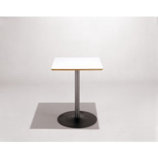 Knoll Piiroinen - Arena Square Cafe Table