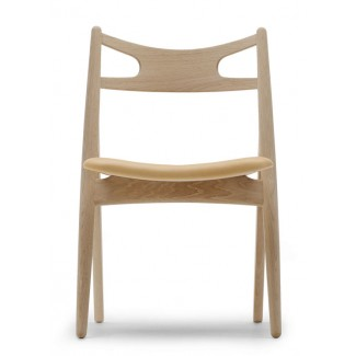 Carl Hansen & Son CH29 Sawbuck Chair