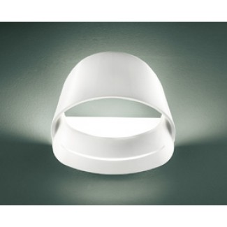 Itre Flyer Wall Lamp