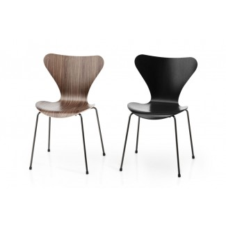 Fritz Hansen Series 7 Chair (Laminated)