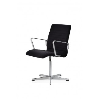 Fritz Hansen Oxford Premium Low Back Chair