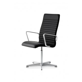 Fritz Hansen Oxford Premium Medium High Back Chair