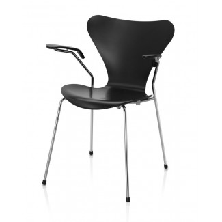 Fritz Hansen Series 7 Armchair (Laminated)