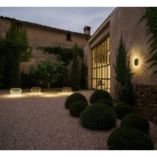 Vibia Meridiano Outdoor LED Wall Sconce Lamp