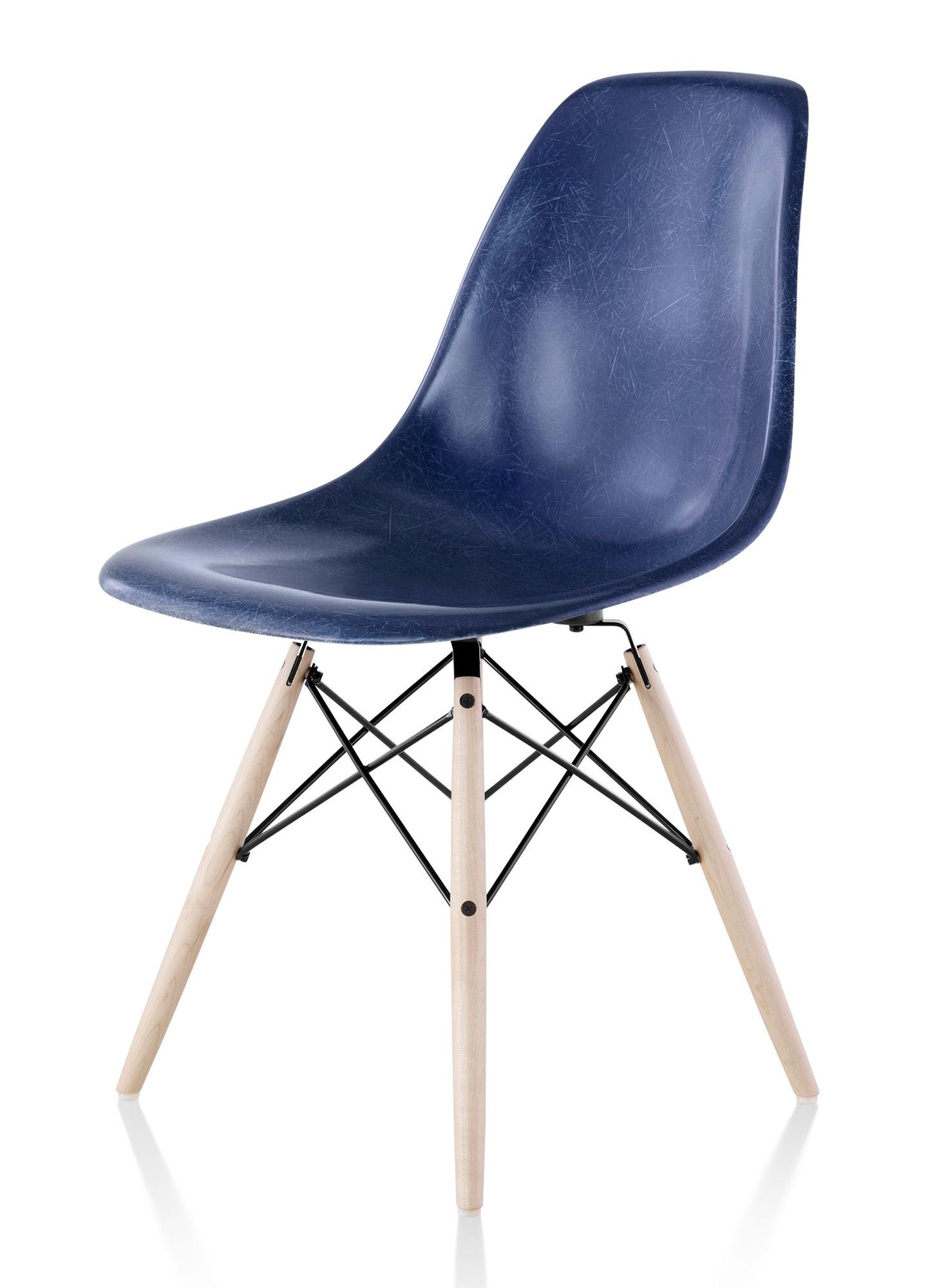 herman miller eames molded fiberglass side chair gr shop canada. Black Bedroom Furniture Sets. Home Design Ideas